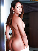 Wan is a pretty girl with a sexy curvy body, big boobs, big juicy ass and a hard cock!